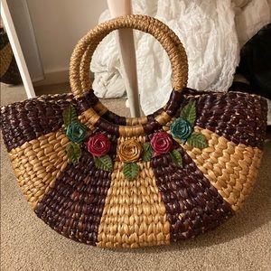 💥HOST PICK💥Vintage Laquered Raffia Handbag